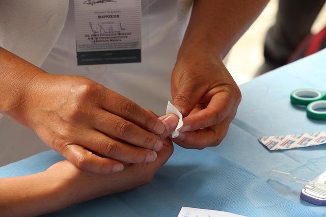 ošetření prstu