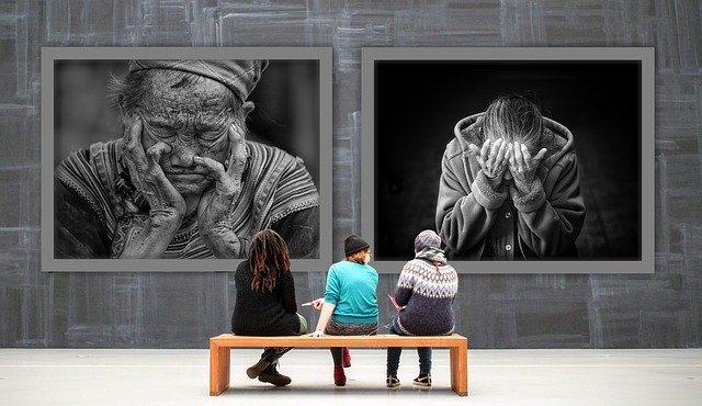 návštěvníci galerie