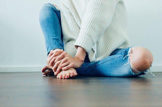 roztržený džíny